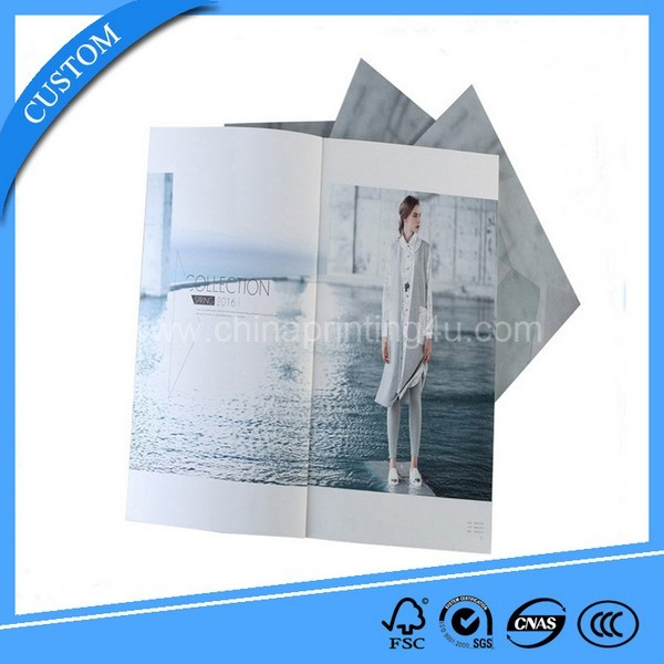 China Full Color Softcover Cheap Customized Brochure