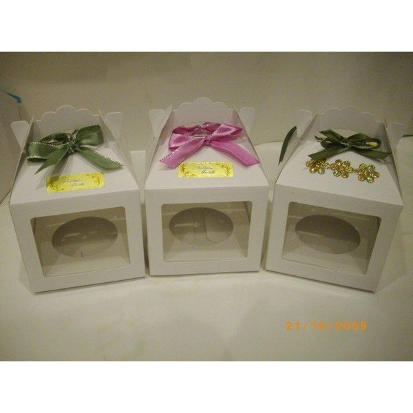 Eco-Friendly Paper Cupcake Box